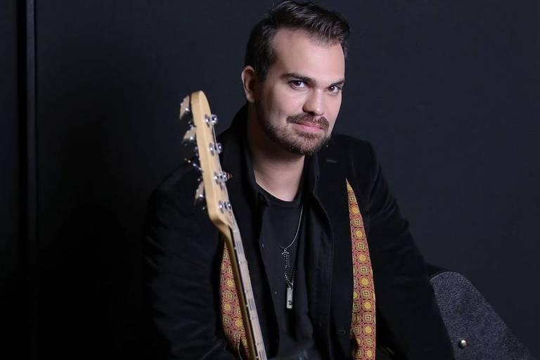 Léo Von, filho de Ronnie Von, lança disco