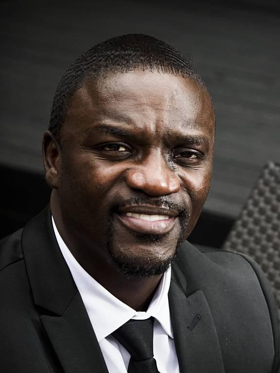 Imagens do cantor Akon
