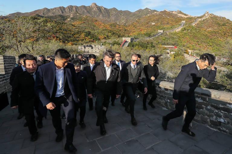 O presidente Jair Bolsonaro em visita à Grande Muralha da China