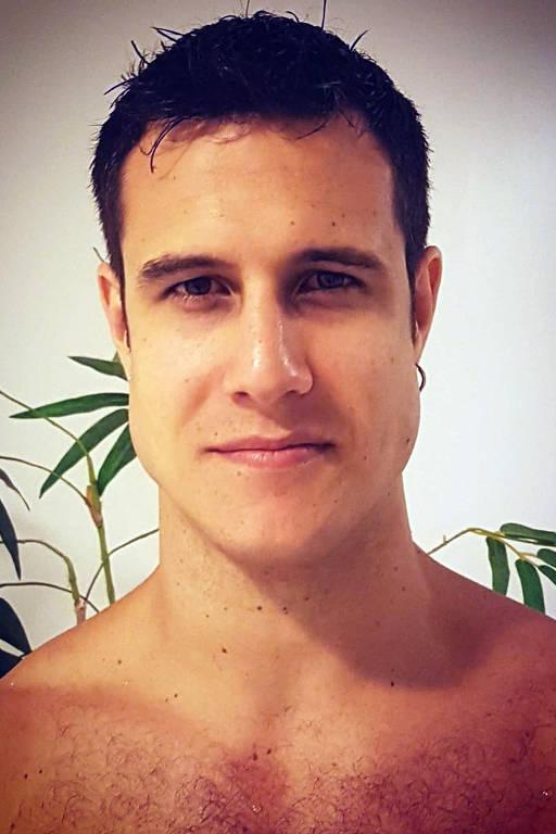 Imagens do ator Emiliano d'Avila