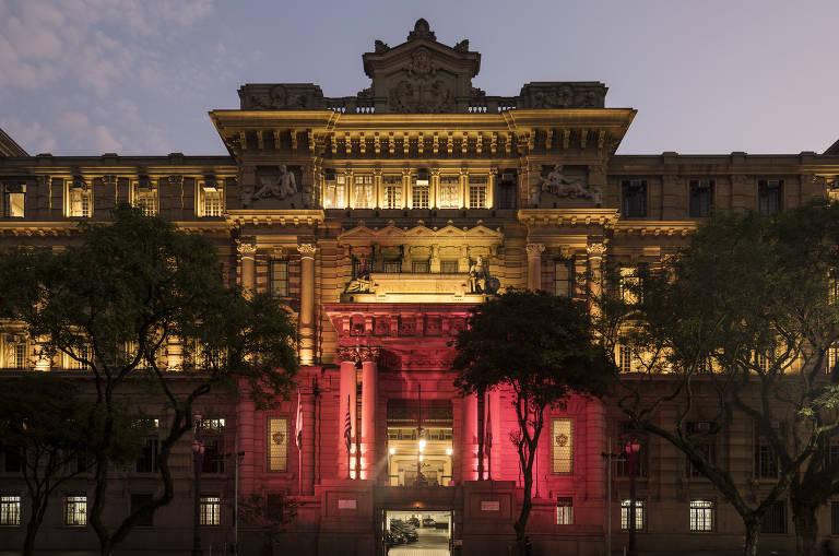 Conheça o Palácio da Justiça, sede do TJ-SP