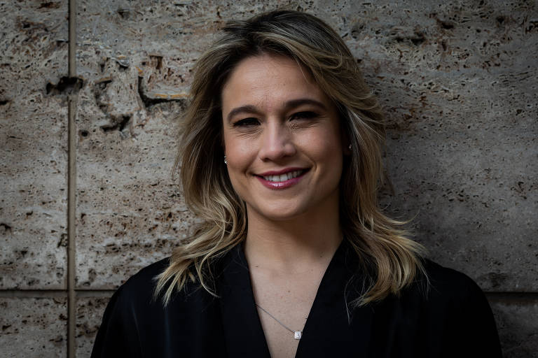 Fernanda Gentil compra cotas de palestras de Djamilla Ribeiro para dar a ONGs e entidades
