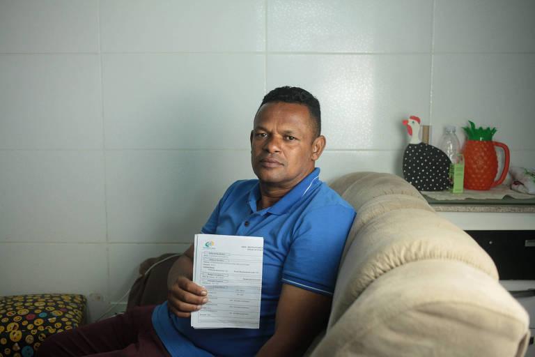 Luiz Bispo dos , 50 anos, afirma que não pediu o empréstimo consignado que está sendo descontado mensalmente do seu benefício do INSS