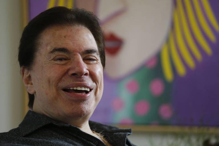 O apresentador e empresario Silvio Santos no salão de cabeleireiro Jassa