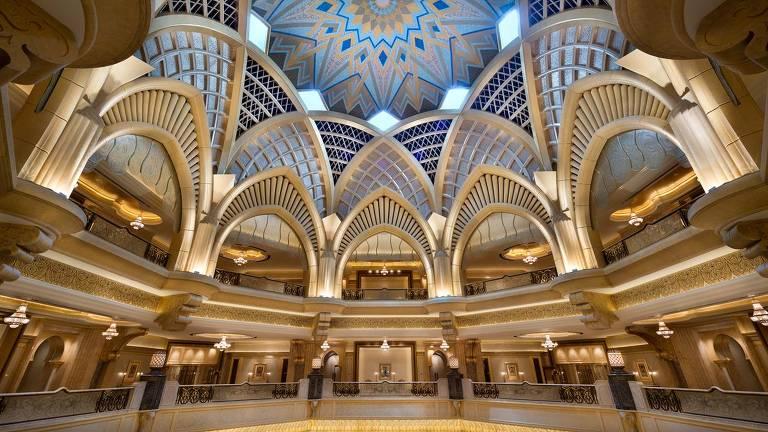 Emirates Palace, em Abu Dhabi