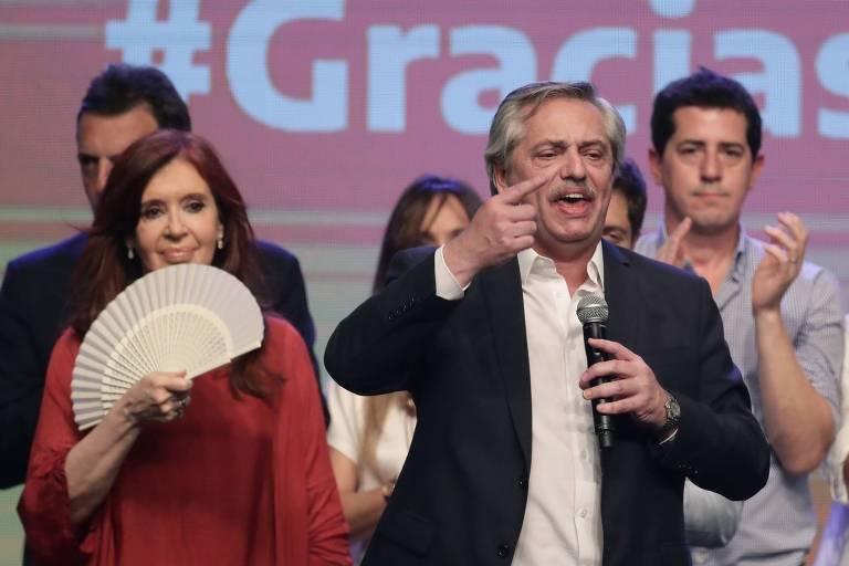 Dólar cai ante peso argentino após eleição e controle cambial