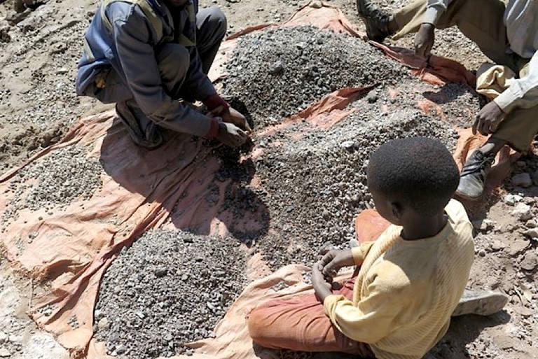 Mineração artesanal na República Democrática do Congo