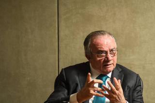 O ex-ministro do TSE Cesar Asfor Rocha em seu escritório em São Paulo