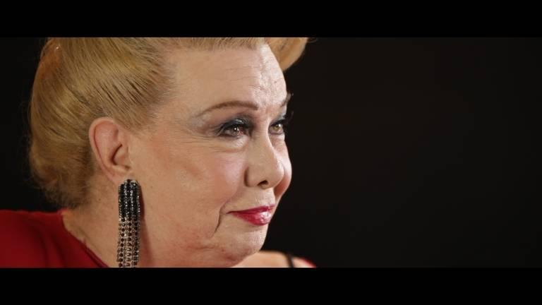 Veja cenas de 'Rogéria - Senhor Astolfo Barroso Pinto'