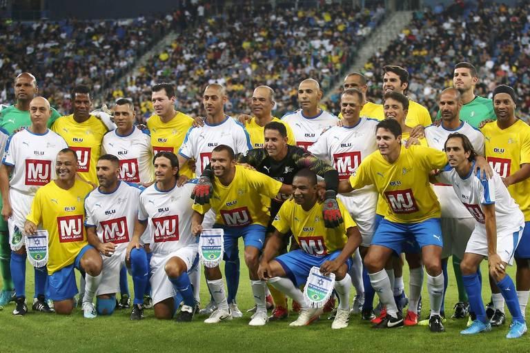 Ex-jogadores de Israel e Brasil que participaram de amistoso em Haifa