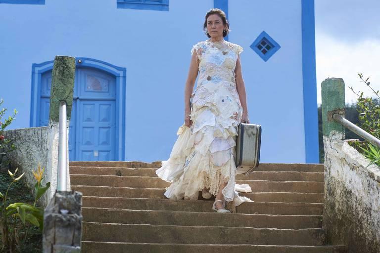 Lília Cabral é virgem de 50 anos em 'Maria do Caritó'