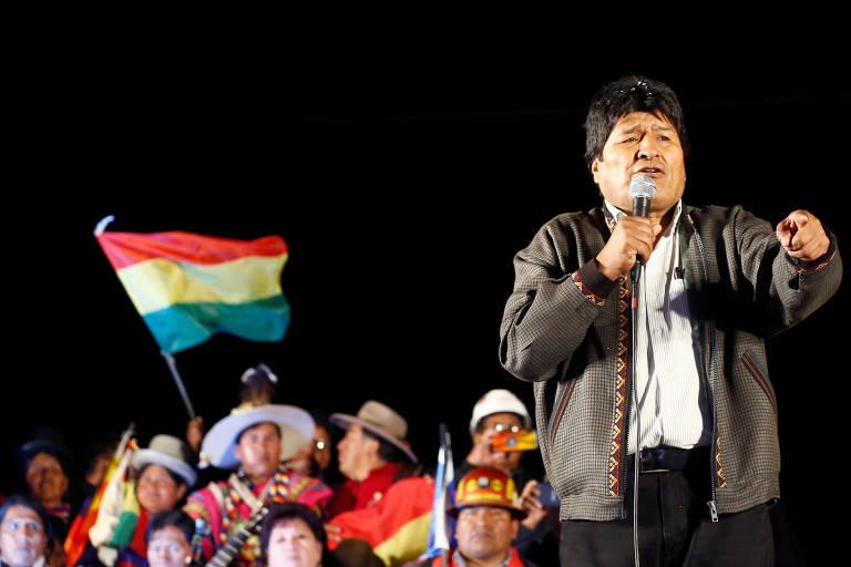 O presidente da Bolívia, Evo Morales, discursa para apoiadores na cidade de El Alto