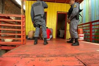 POLICIA MATA 17 EM MANAUS