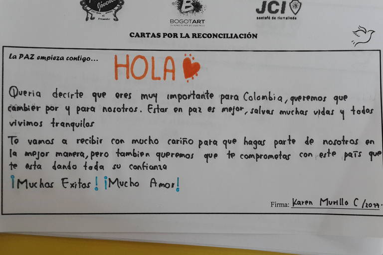 Carta de cidadão colombiano para ex-combatente das Farc