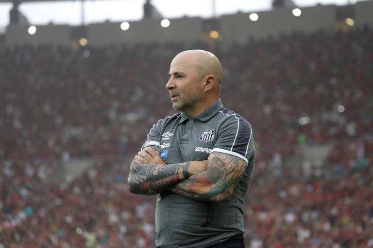 Jorge Sampaoli, em jogo do Santos contra o Flamengo, no Maracanã