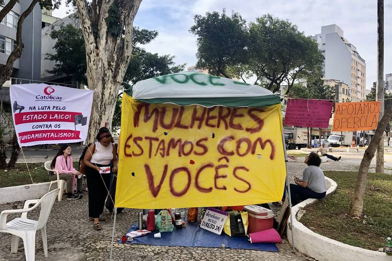 Ativistas a favor do aborto legal