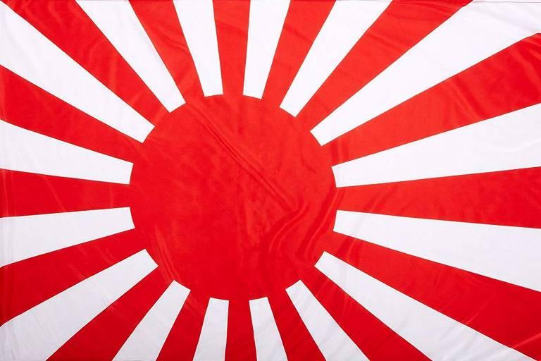 A bandeira do Sol Nascente, símbolo do período colonialista do Japão que é odiado por sul-coreanos e outros povos da Ásia, faz parte da cultura japonesa