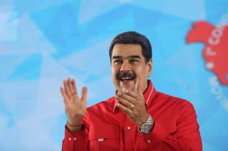 VENEZUELA-CARACAS-CONGRESO-COMUNAS-MADURO