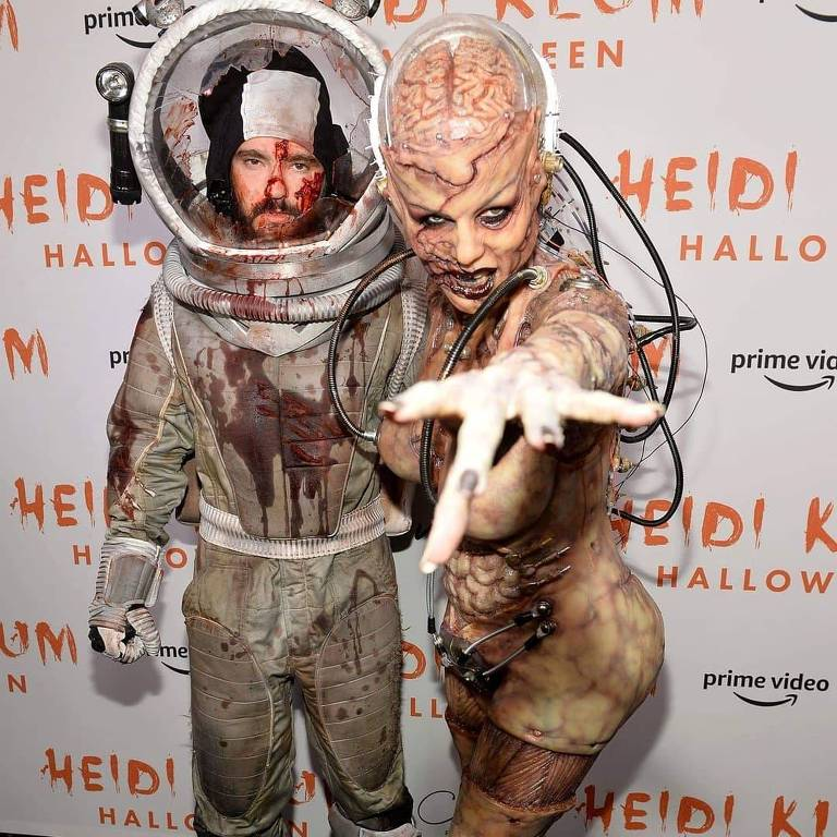Heidi Klum e o marido Tom Kaulitz fantasiados para o Halloween 2019