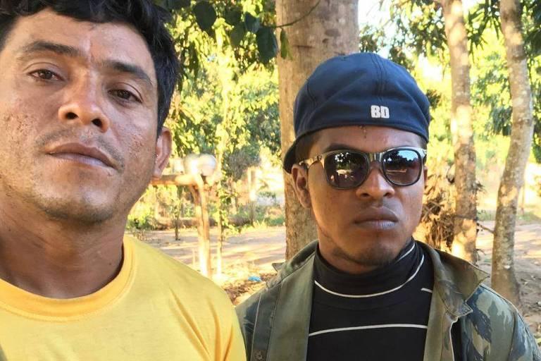 Indígenas Paulo Paulino (à dir.) e Laércio Guajajara, baleados por invasores da Terra Indígena Arariboia em 01.11.2019, no Maranhão