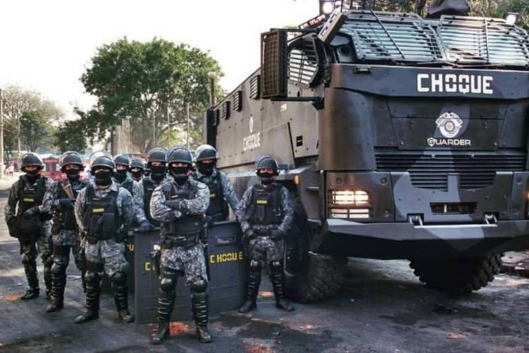 Miltares do grupo de Choque da PM a caminho da comunidade de Paraisópolis neste sábado (2)