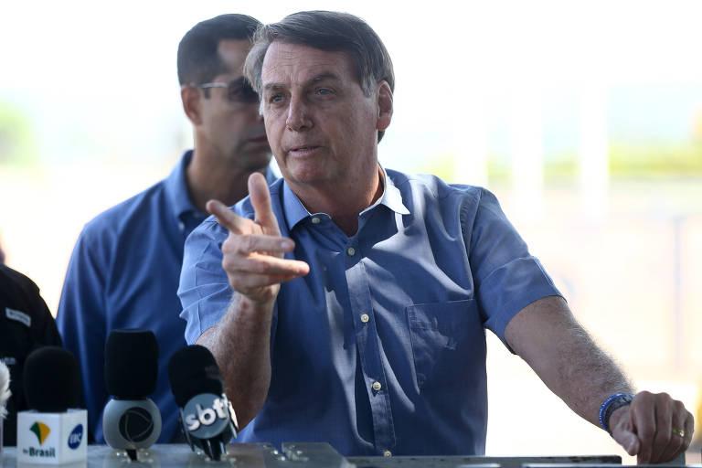 O presidente Jair Bolsonaro, na saída do Palácio da Alvorada