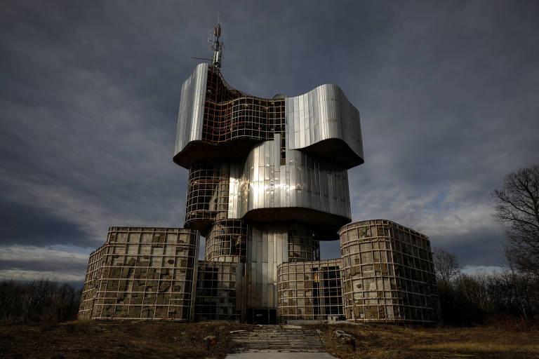 Relíquias brutalistas na antiga Iugoslávia