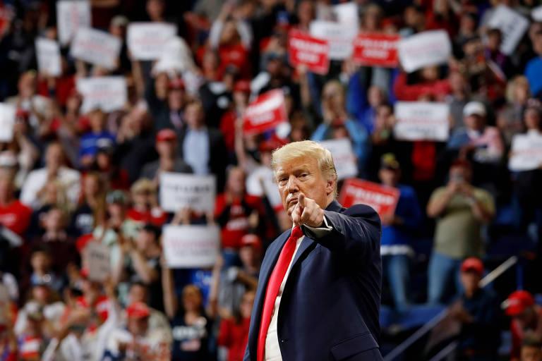 O presidente dos EUA, Donald Trump, em compicio em Lexington, no estado de Kentucky