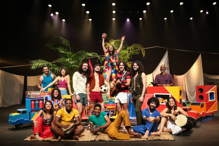 Conheça o elenco do musical 'Novos Baianos'