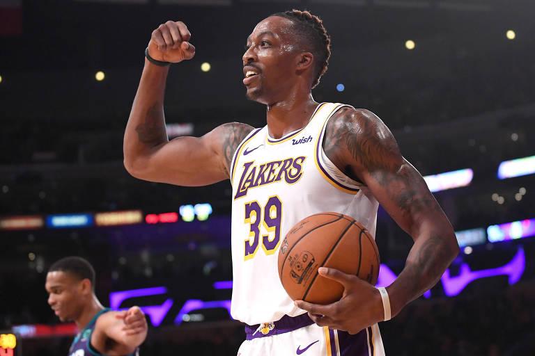 Em união improvável, pivô vira queridinho no Los Angeles Lakers