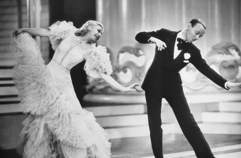 """Fred Astaire e Ginger Rogers no filme """"O Picolino"""""""