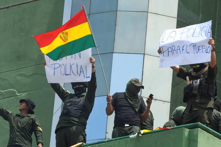 policiais protestam