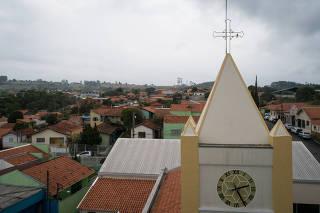 Cidade Torre de Pedra, no interior de São Paulo