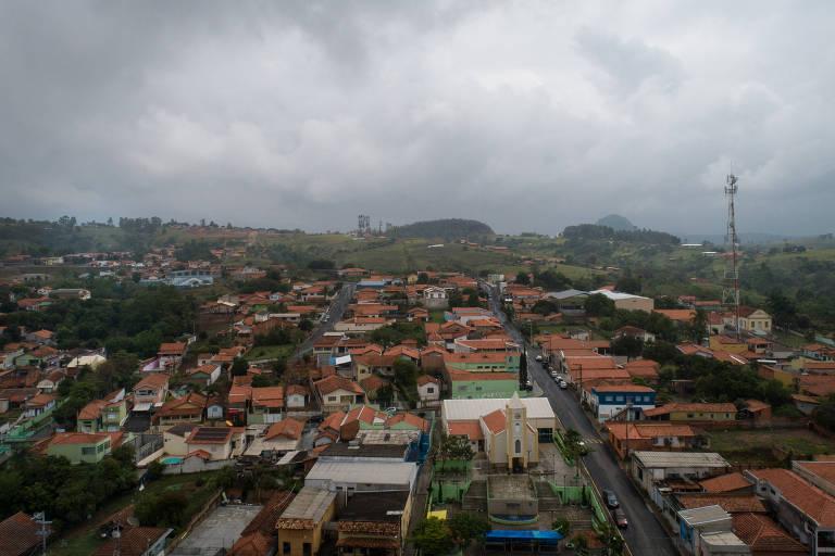 Com 2.300 habitantes, município de Torre de Pedra (SP) pode ser extinto