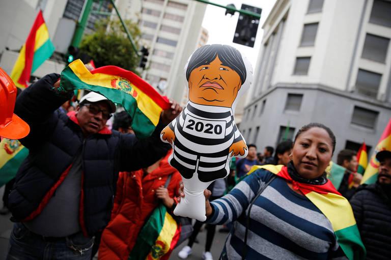 Evo Morales renuncia após protestos contra eleição