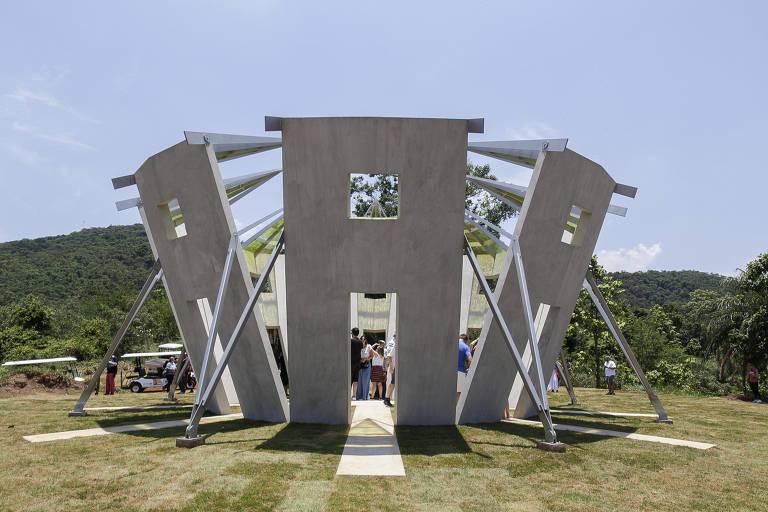 Inhotim inaugura obra monumental de Robert Irwin e anuncia novidades
