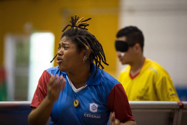 Laryssa Macêdo, técnica do Cedemac, do Maranhão, equipe de futebol de 5 durante a Copa Loterias Caixa
