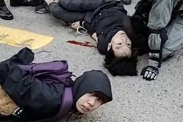 Dia de violentos protestos em Hong Kong