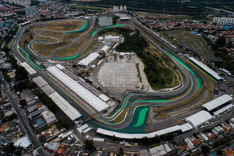 Vista aérea do autódromo de Interlagos, que recebe o GP do Brasil de F-1 entre os dias 15 e 17 de Novembro