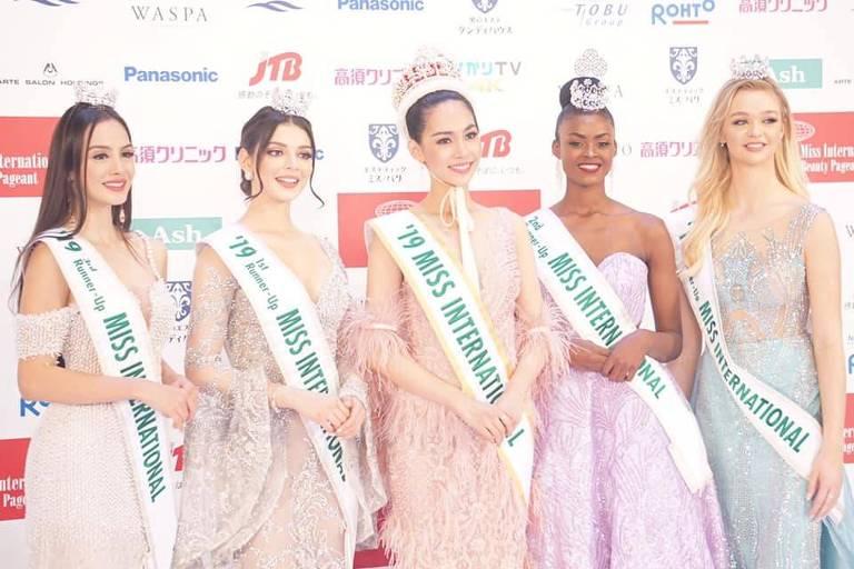 Tailândia vence pela primeira vez a coroa de Miss International