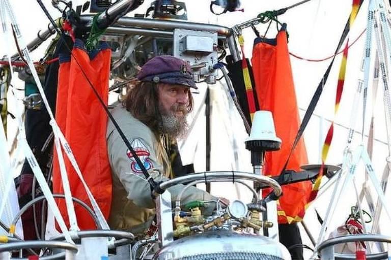 Padre Fedor Konyukhov quer voar com um balão de ar quente até a estratosfera
