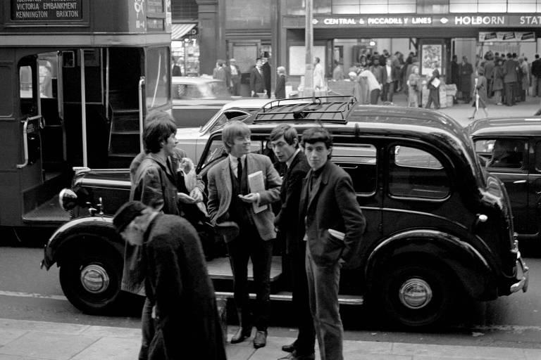Fotos inéditas da primeira turnê dos Rolling Stones serão exibidas em Londres