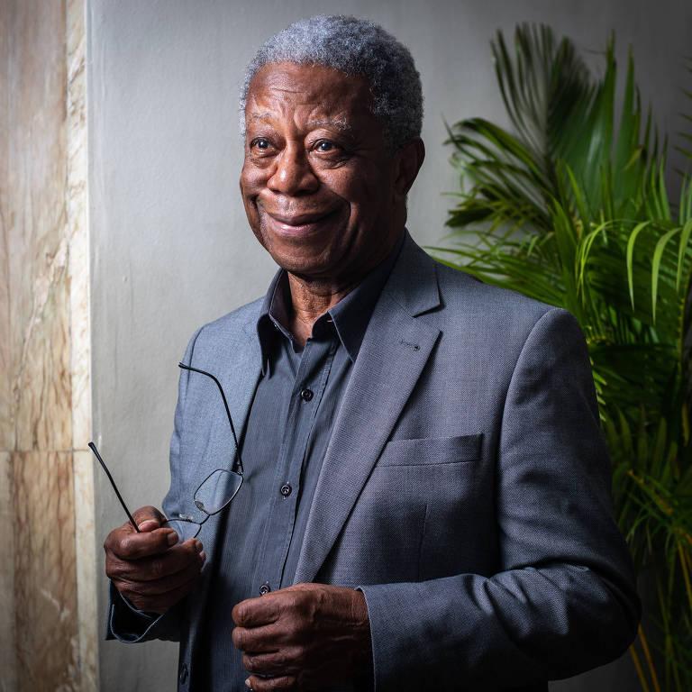 """O ator Milton Gonçalves em evento de lançamento da novela """"Se eu Fechar os Olhos Agora"""", minissérie da Globo"""