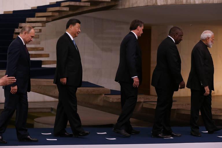 Líderes dos países do Brics durante cúpula no Palácio do Itamaraty; Vladimir Putin (Rússia), Xi Jinping (China), Jair Bolsonaro, Cyril Ramaphosa (África do Sul) e Narendra Modi (Índia)