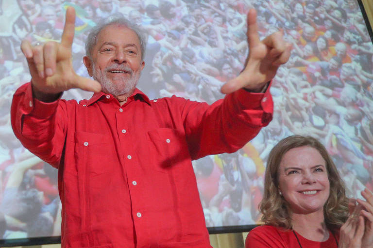 Lula não influenciou escolha do PT sobre presidência da Câmara, diz Gleisi