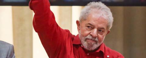 SALVADOR, BA - 14.11.2019: EX PRESIDENTE LULA EM SALVADOR - O ex-presidente Luiz Inácio Lula da Silva (Lula), participa da reunião da executiva nacional do Partido dos Trabalhadores (PT) com o diretório do partido na Bahia, em Salvador, Bahia, Brasil. (Foto: Tiago Caldas /Fotoarena/Folhapress) ORG XMIT: 1830986 ***PARCEIRO FOLHAPRESS - FOTO COM CUSTO EXTRA E CRÉDITOS OBRIGATÓRIOS***