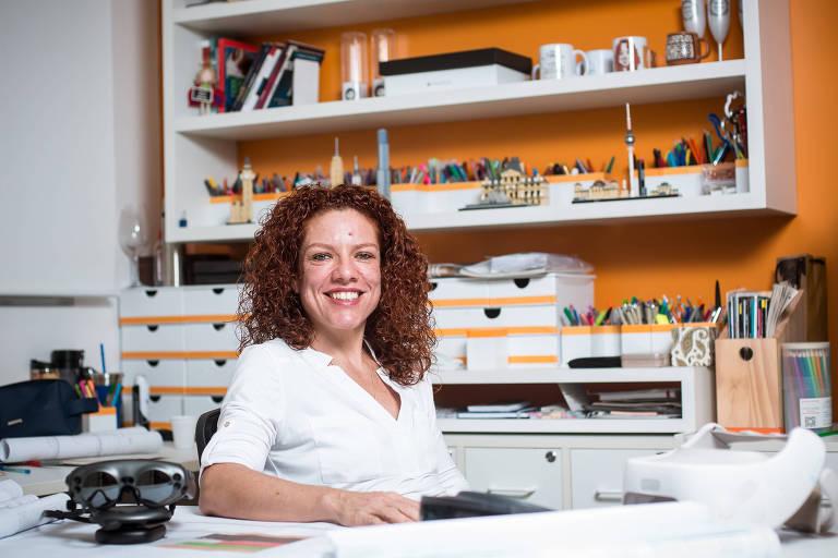 A empresária Bárbara Kemp em seu escritório de arquitetura em São Paulo