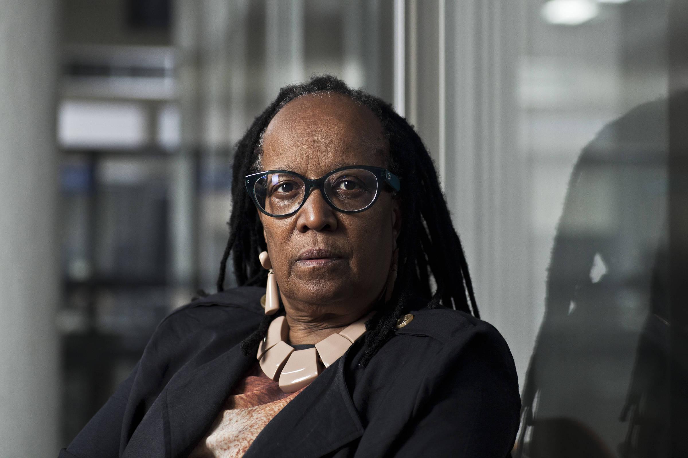 Não dá para falar de feminismo sem a mulher negra, diz Sueli Carneiro