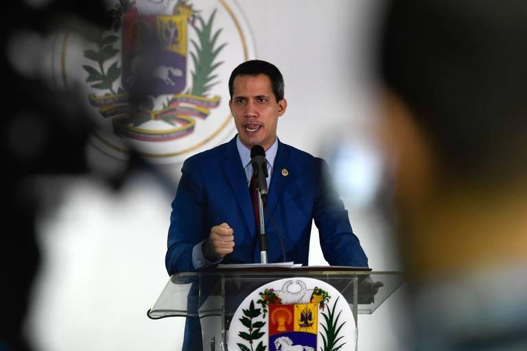 O líder opositor da Venezuela, Juan Guaidó, durante entrevista coletiva em Caracas