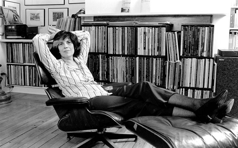 Conheça a trajetória da escritora americana Susan Sontag